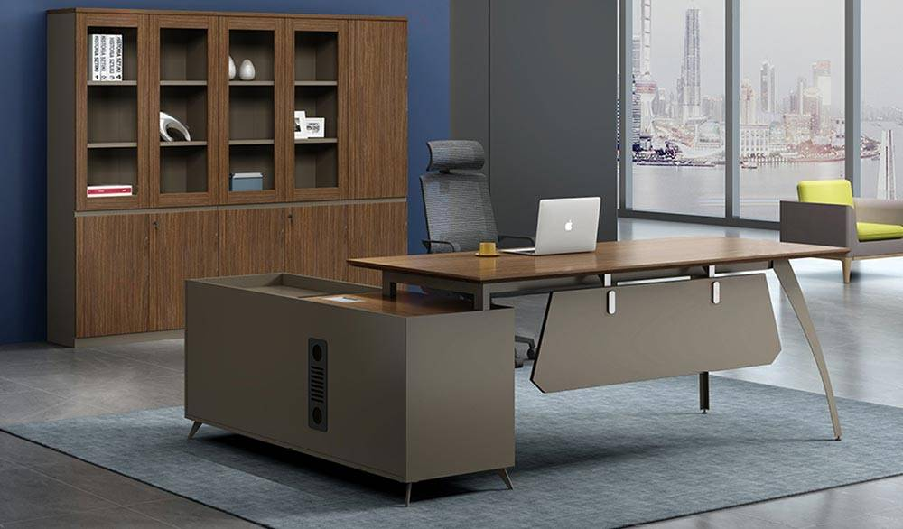 Why should you always customise office furniture?