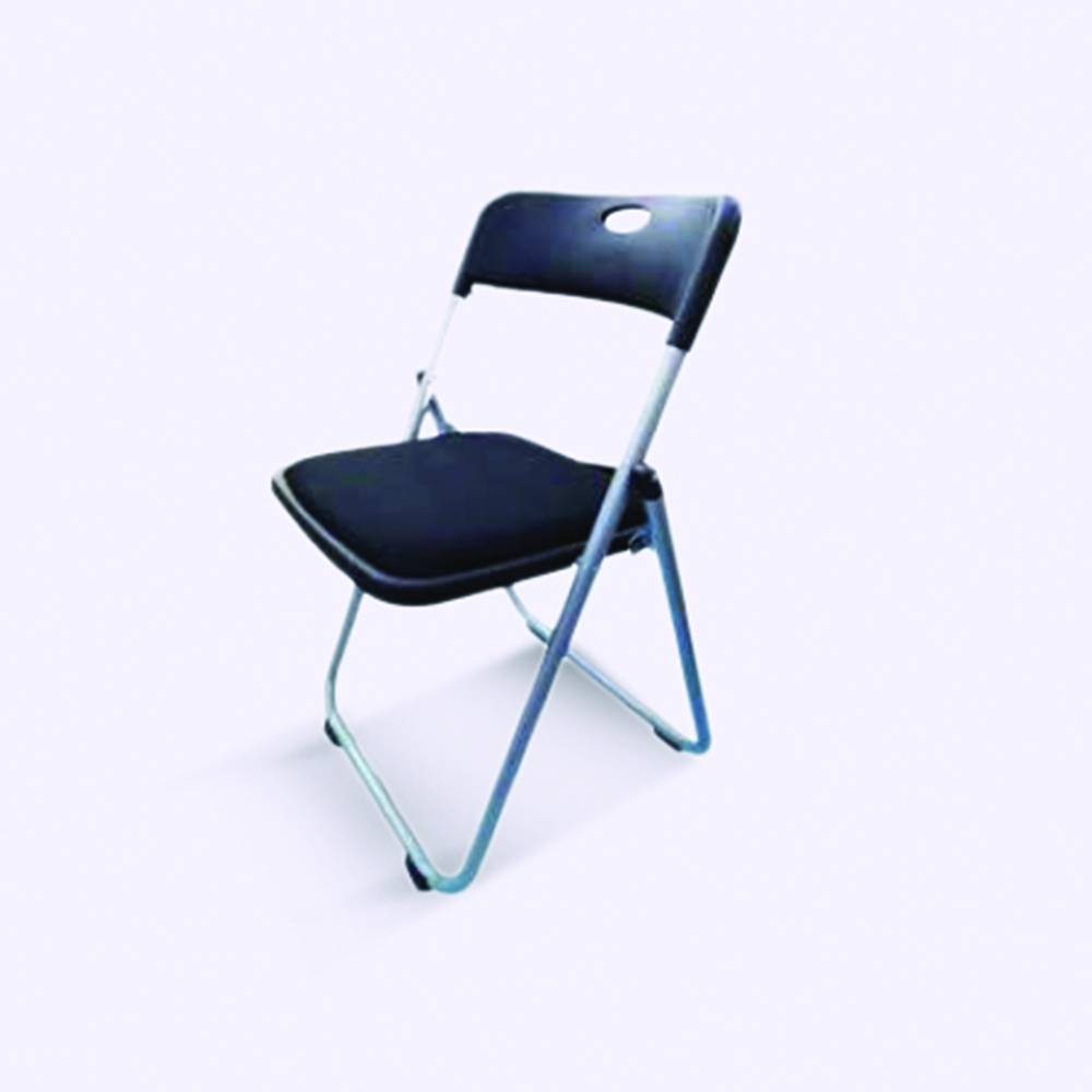 Folding Chairs with Padded Seats-02